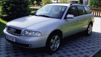 schurke -Audi A4 Avant