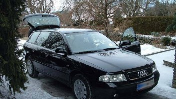 W98721M -Audi A4 Avant