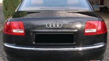 freAK47 -Audi A8