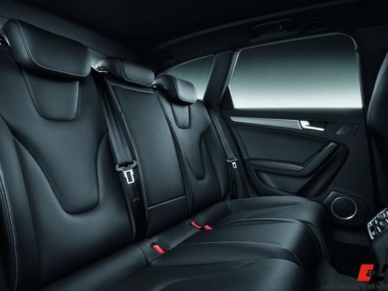 Audi S4 Avant /Innenraum