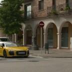 Audi R8 Spyder Driving scene in vegasgelb