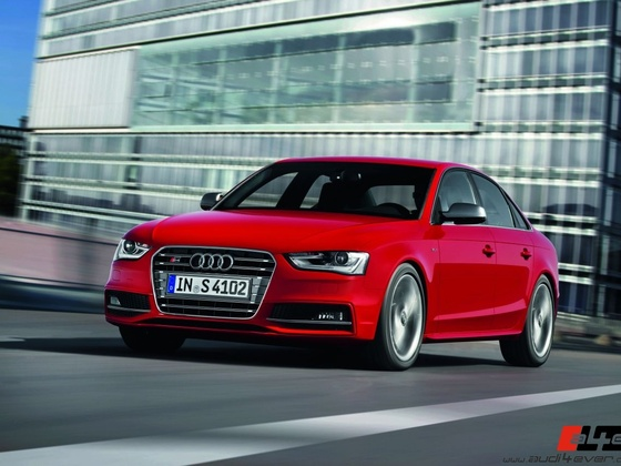 Audi S4/Fahraufnahme