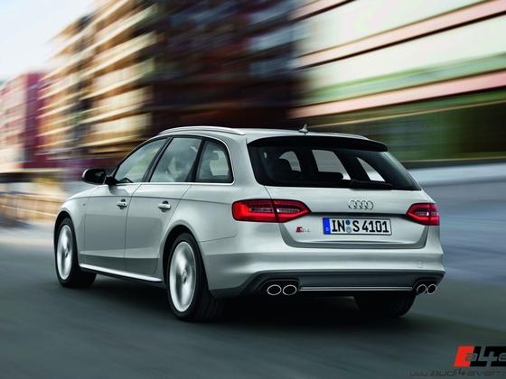 Audi S4 Avant /Fahraufnahme