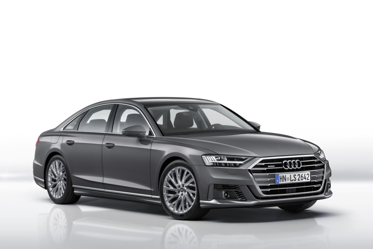 Audi A11 Sport-Exterieurpaket und Sportsitze - audi11ever   audi a8 sports car